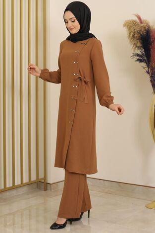 Çıtçıt Detay Pantolonlu Ayrobin Takım Taba - Fashion Showcase Design - FSC2095 - Thumbnail